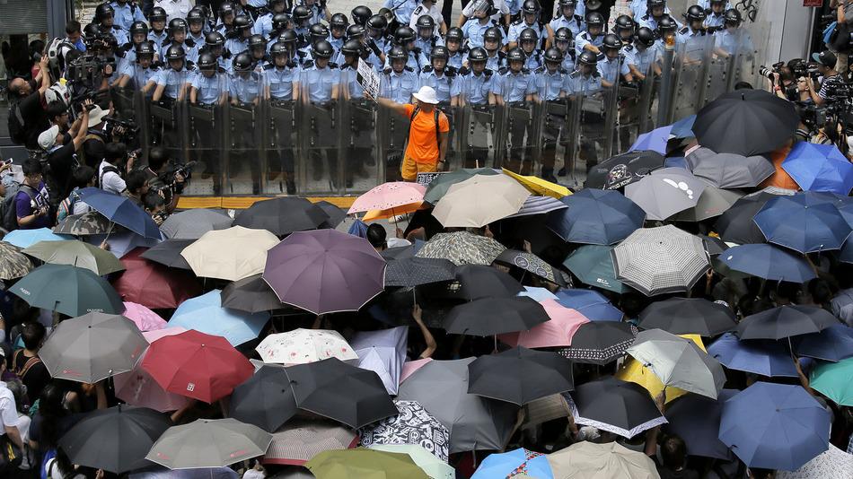 Демокартический протест в Гонконге