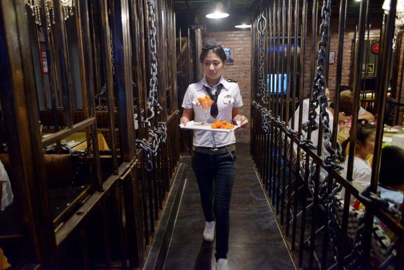 Ресторан-тюрьма в Китае