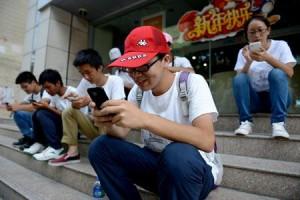 Активное интернет-общение. Источник фото - blogs.pcmag.ru