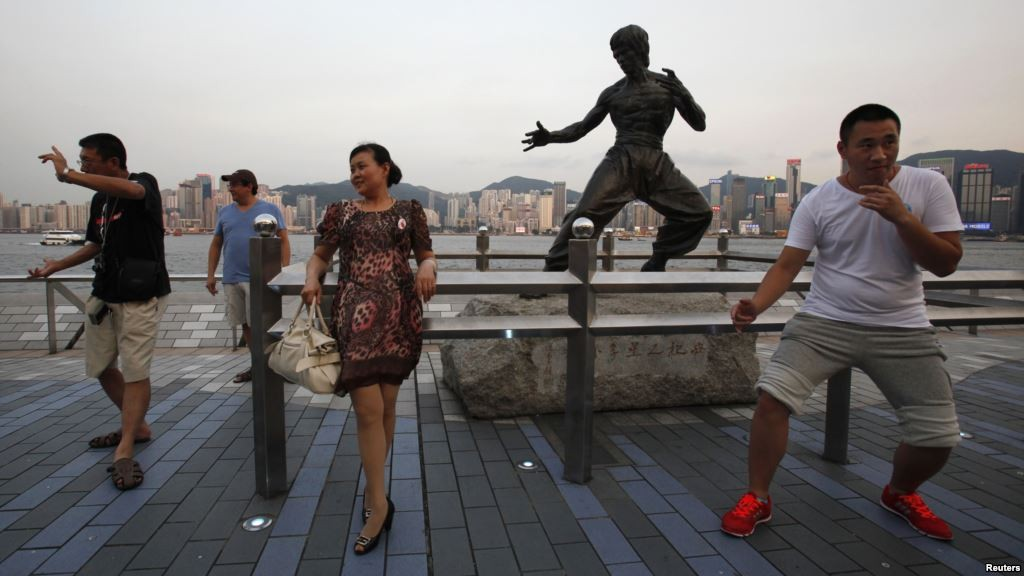 """""""Черный список"""" - это проблемы с туризмом на целых 2 года. Источник: www.voanews.com"""