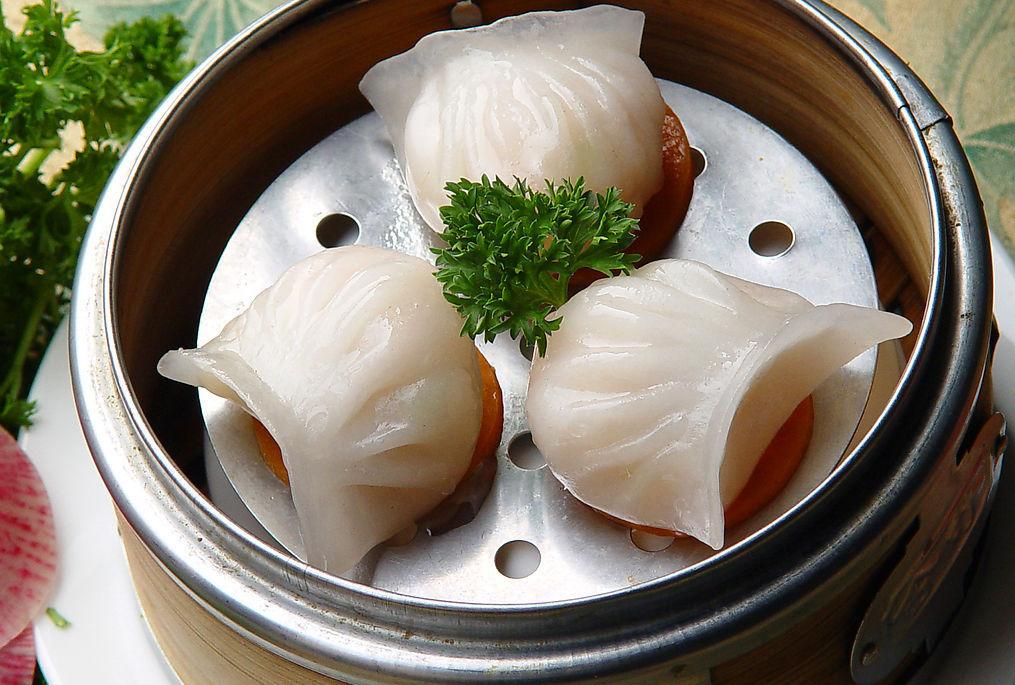 Китайский димсам с начинкой из креветок