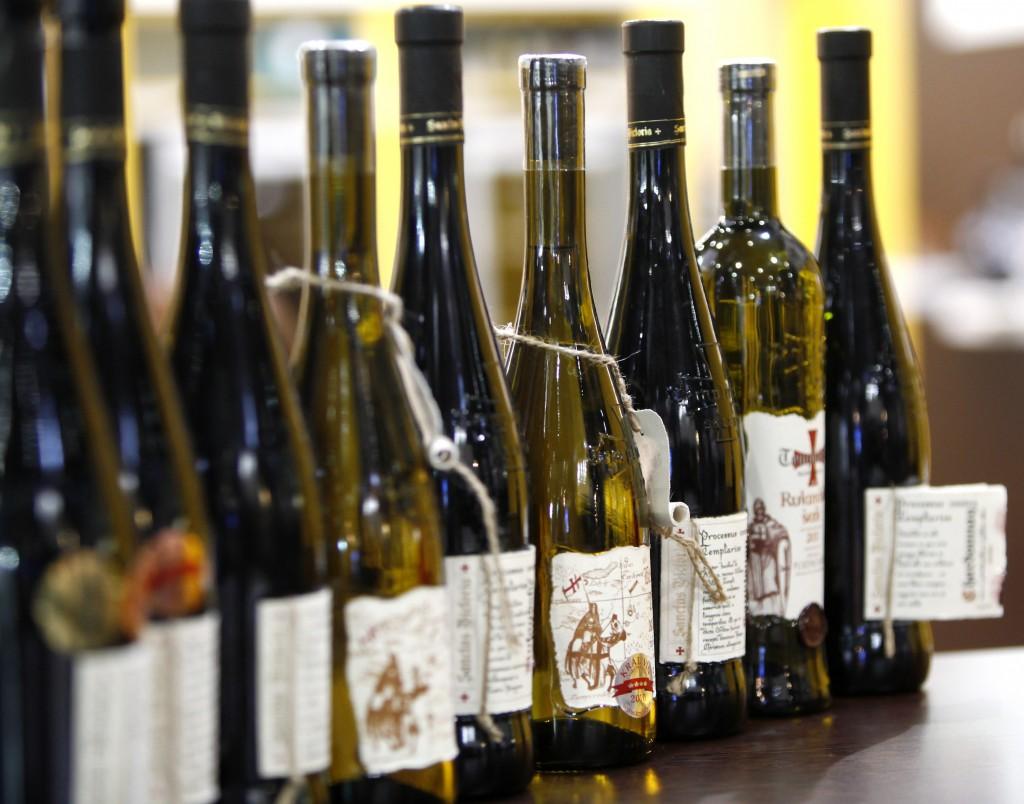 Китайские вина пока немного уступают в качестве, зато и цена их гораздо ниже. Источник: blog.mdna.com