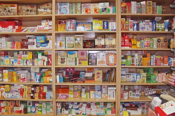 Настоящая китайская аптека всегда невелика. Источник: intothegloss.com