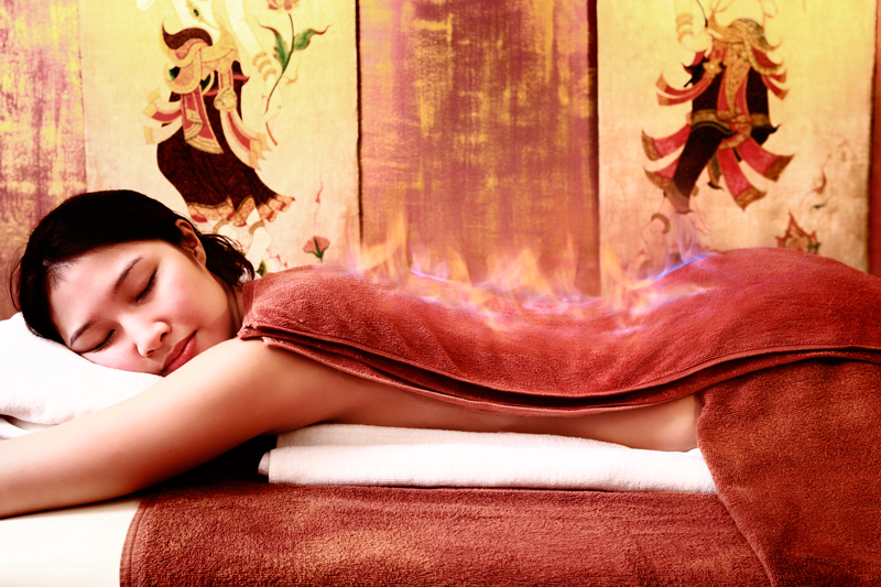 Девушка пришла просто на массаж фото 372-177