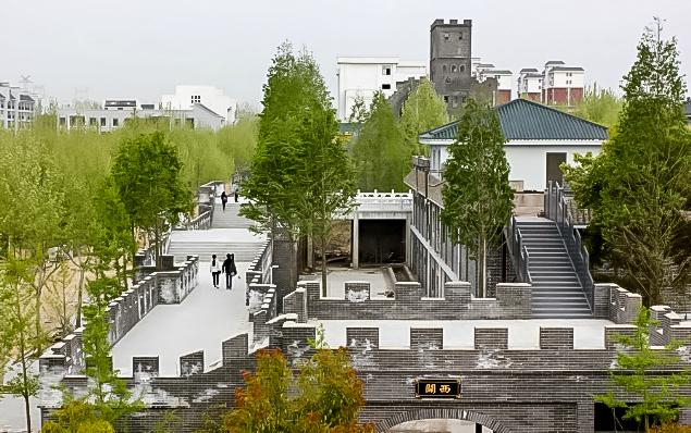 Почти 420 тысяч долларов стоила реплика Великой стены  Источник: shanghaiist.com