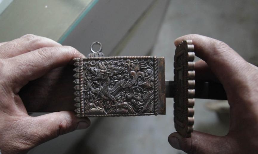 За 5 лет мастер научился создавать настоящие произведения искусства. Бросить работу и заняться любимым делом было рискованно. Источник: shanghaiist.com