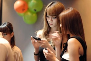 250,000 китайских студентов, проходящих обучение в США, отдают предпочтение «WeChat». Источник: incept.co