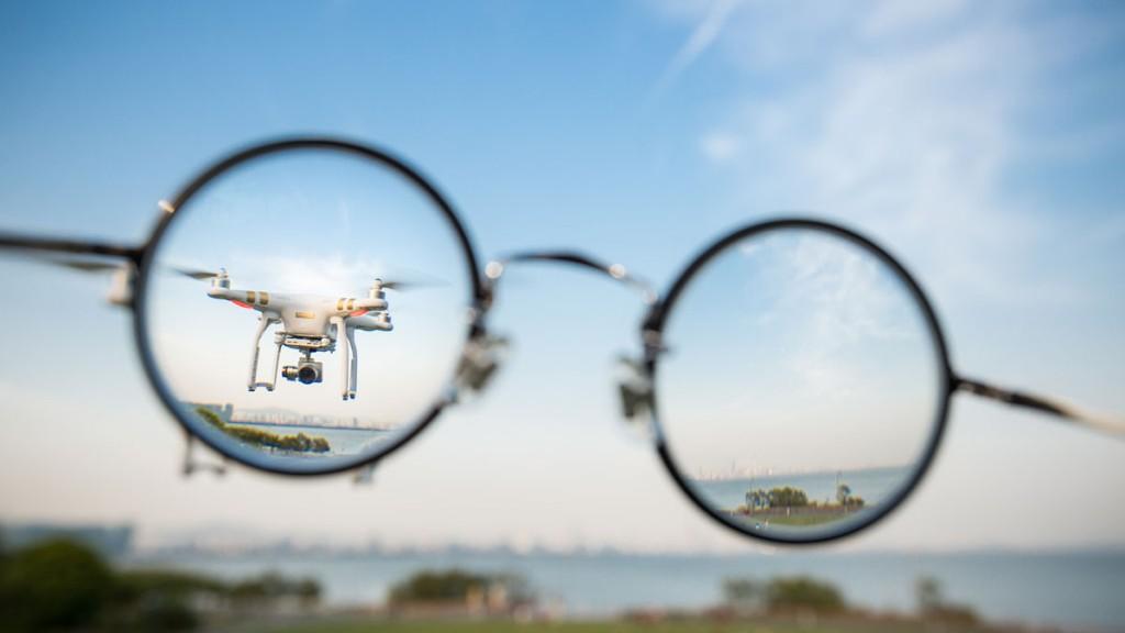 Самая популярная модель дронов в мире Phantom Источник: www.forbes.com