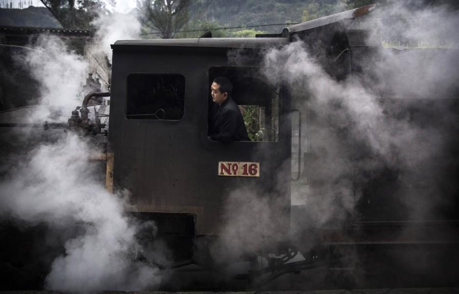 Инженер. 27 марта 2015. Провинция Сычуань. Источник: huffingtonpost.com
