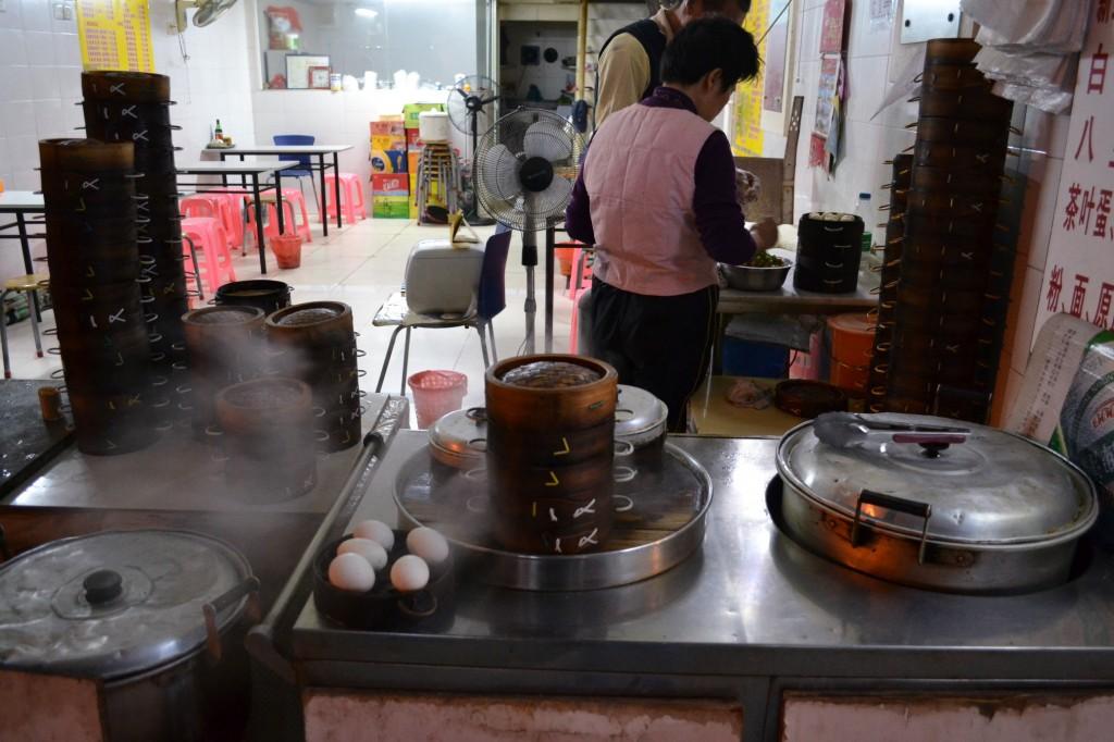 искусственные яйца в Китае