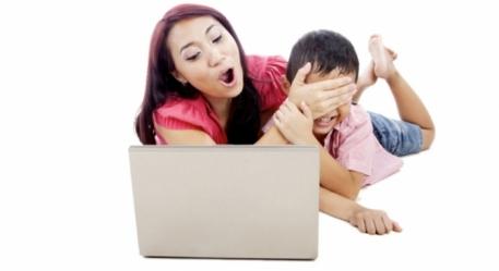 Китайская молодежь все чаще черпает информацию о сексе из интернета Источник: www.igromania.ru
