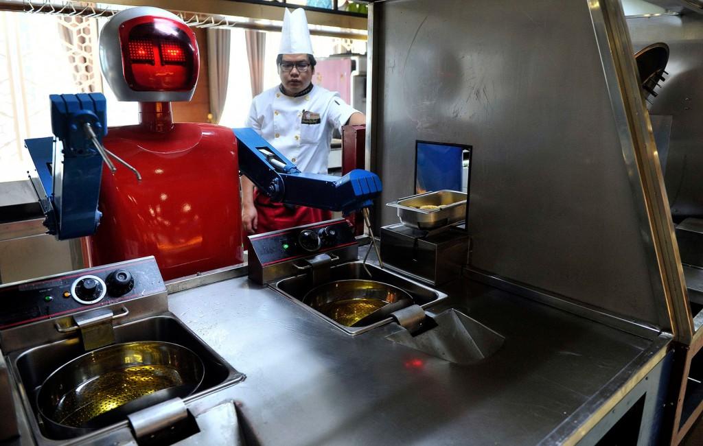 Робот-повар в китайском ресторане