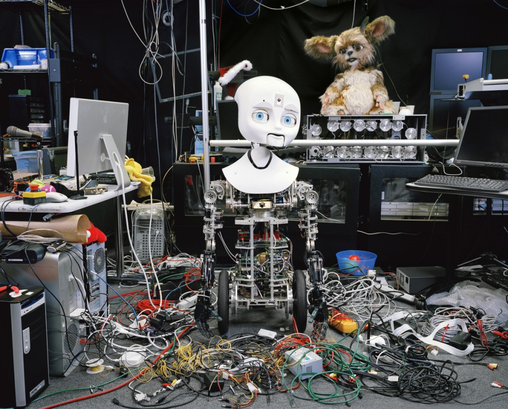 китайцы создают новых роботов-андроидов