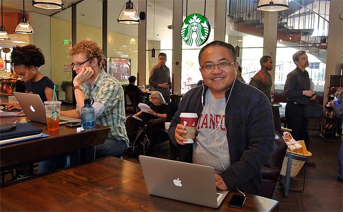 Теперь в китайских Starbucks дорогой кофе и шаровый w-fi Источник www.knight.stanford.edu