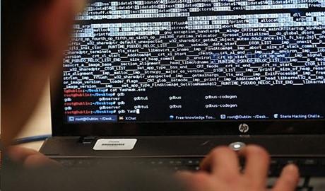 Китайские мошенники обманывают жертв, взламывая адреса поставщиков