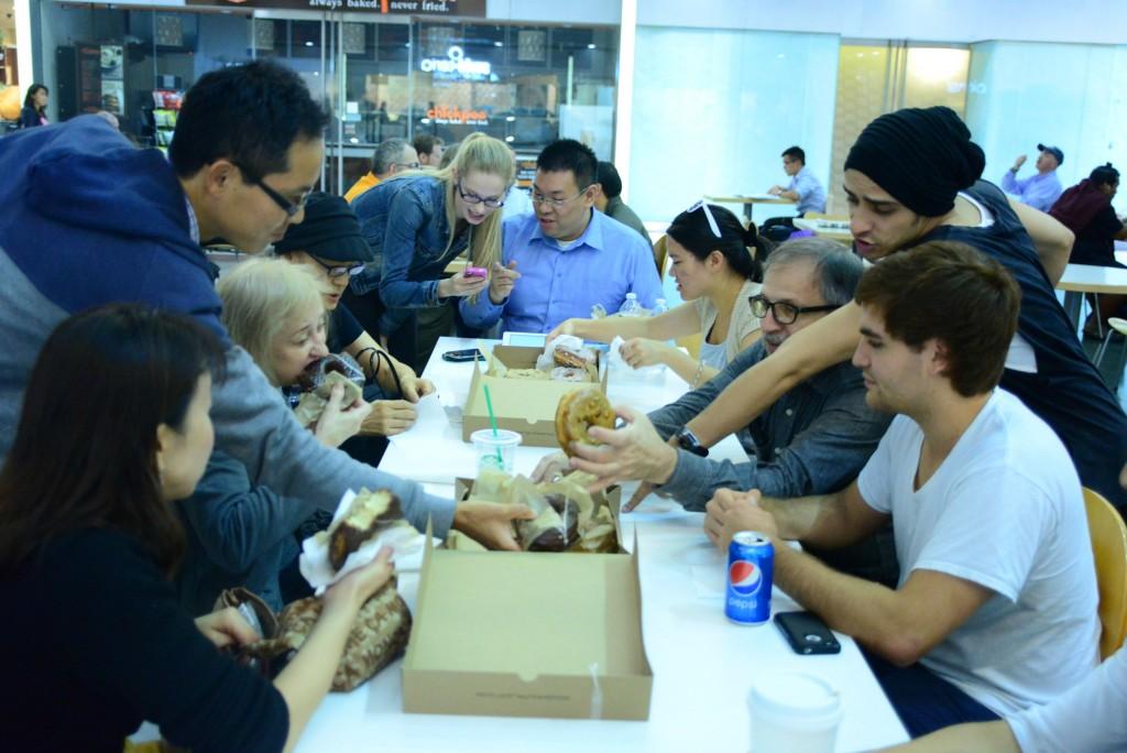 Хороший мит-ап поможет не только найти работу, но и обрести друзей. Источник: support.chinesepod.com