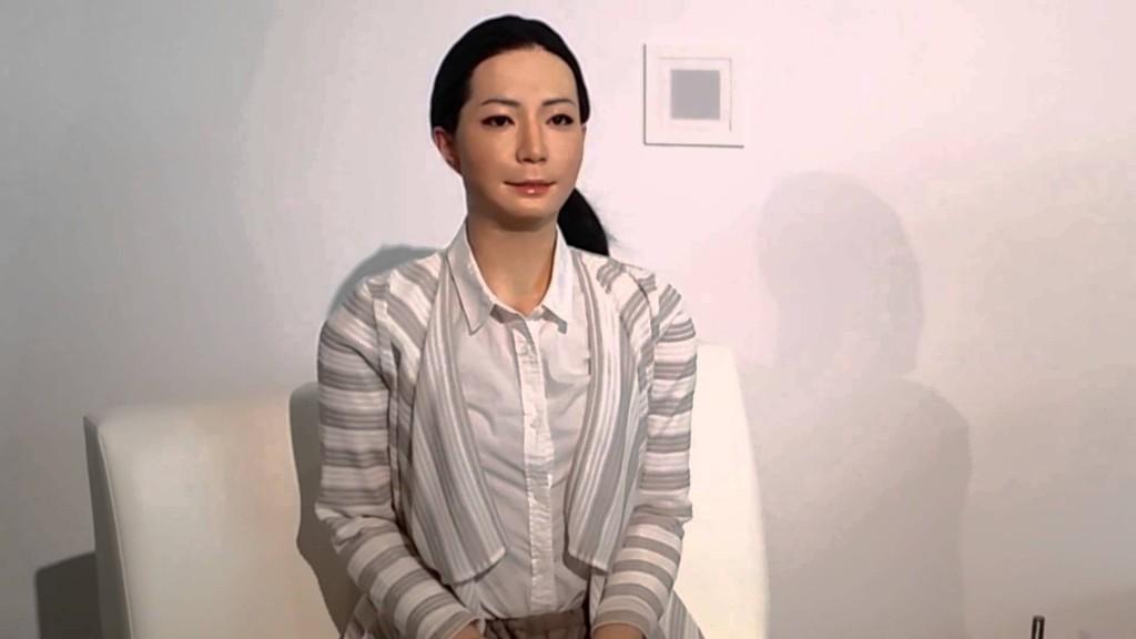 японская девушка-андроид