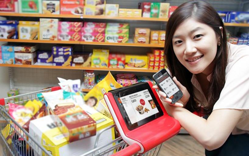 Электронный кассир, позволяющий узнавать цены на продукты в одном из супермаркетов Шанхая. Источник: www.digitaltrends.com