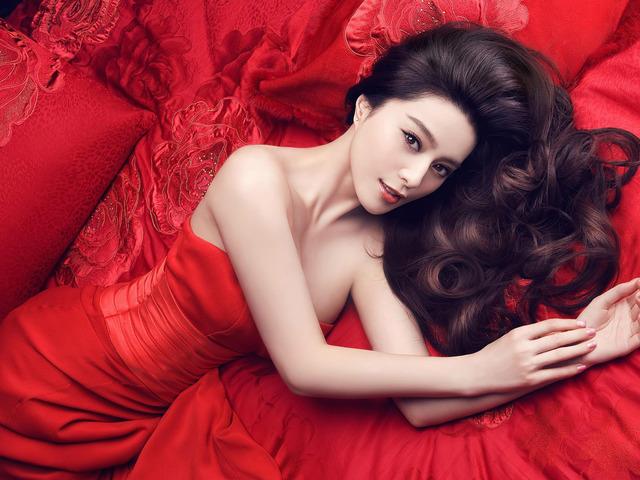 Фань Бинбин - самая красивая китаянка, на мой взгляд. Источник: wallpapert.com