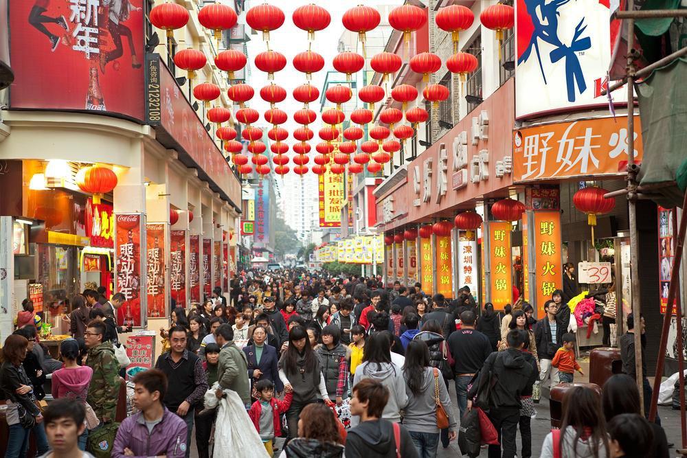 Зарубежным туристам вернут налог на покупки в Китае