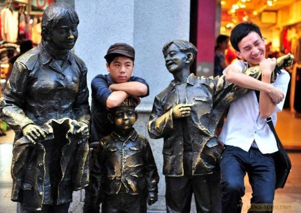 Китайцы не щадят даже детей. Источник: chinasmack.com