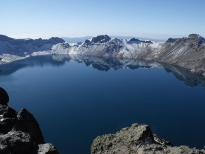 Небесное озеро привлекает туристов со всего мира. Источник: www.theepochtimes.com