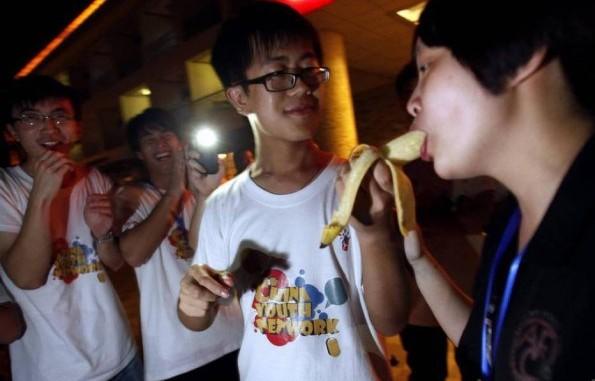 Сомнительный летний лагерь. Источник: chinasmack.com