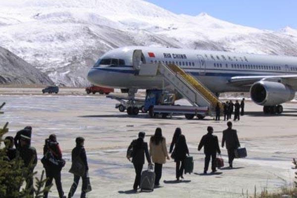 Когда-то это был аэропорт-чемпион. Источник: www.tibetsun.com