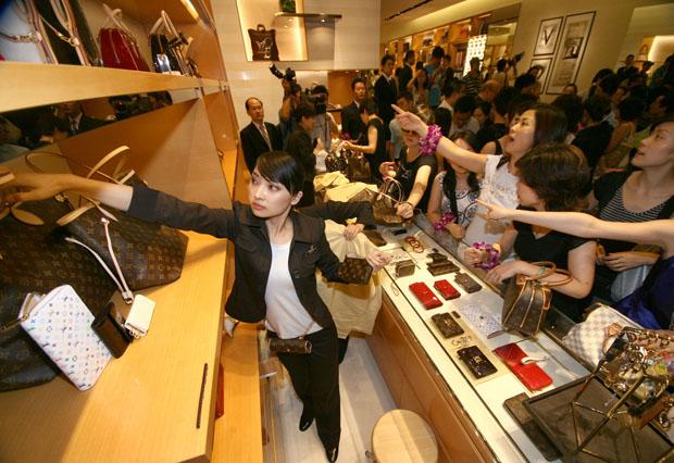 Средний класс в Китае: тратили, тратим и тратить будем! Источник: https://www.chinabusinessreview.com/