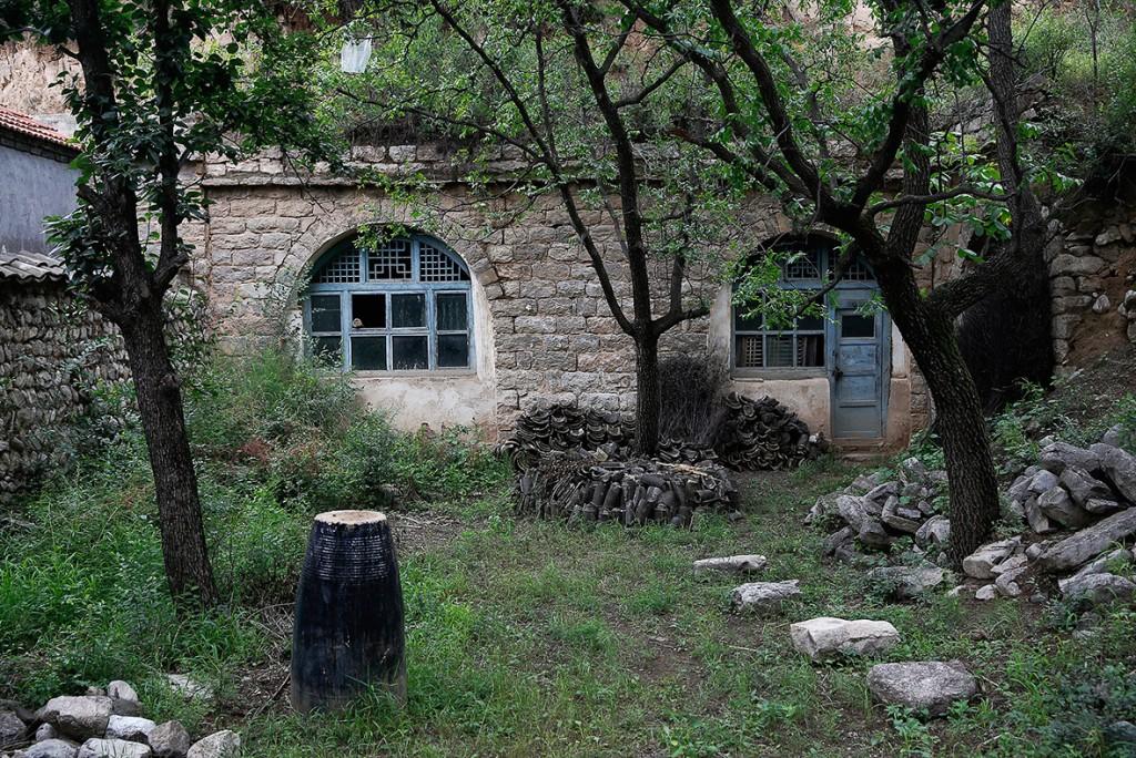В этом помещении держали пленниц этой местности Шаньси. Источник: ibtimes.co.uk