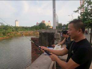 Гуанси-Чжуанский автономный район. Рыбалка на границе. Источник: businessinsider.com
