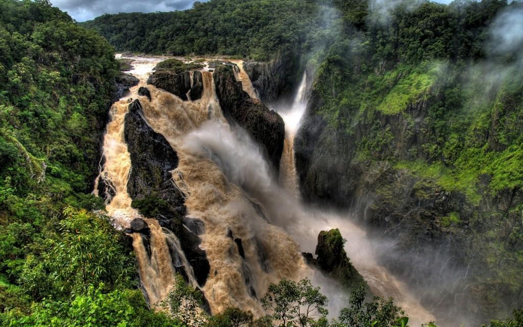 Водопад №2 в Китае. Хукоу. Источник: www.motaen.com