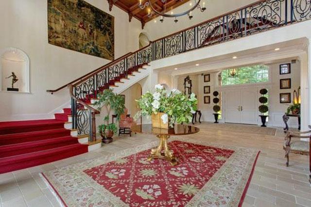 Кроме домов в поместье есть даже бамбуковый сад. Источник: shanghaiist.com