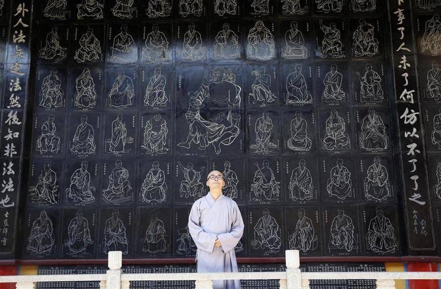 Лю Цзинчун был богачом. Источник: english.sina.com