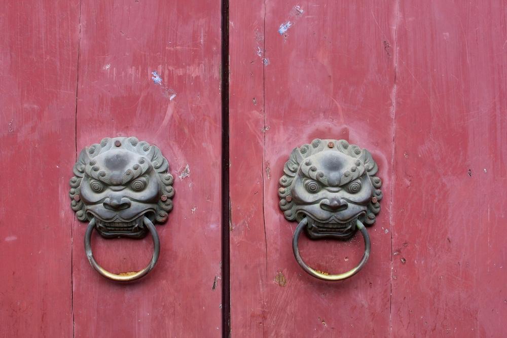 Приоткрываем завесу заблуждений о Китае вместе! Источник: shutterstock.com