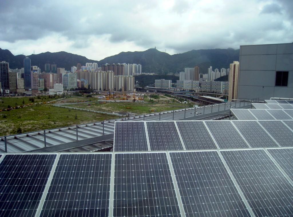 Солнечные панели - вовсе не редкость в Китае. Источник: www.brownpoliticalreview.org
