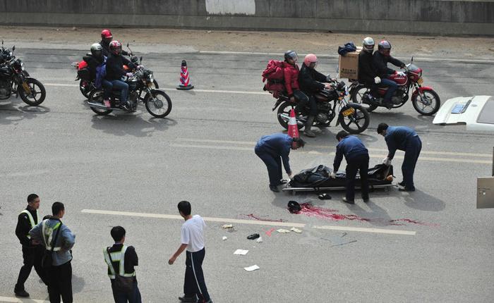 Китайцы уверены, что избежать подобных преступлений поможет более строгое наказание для преступников. Источник www.storypick.com