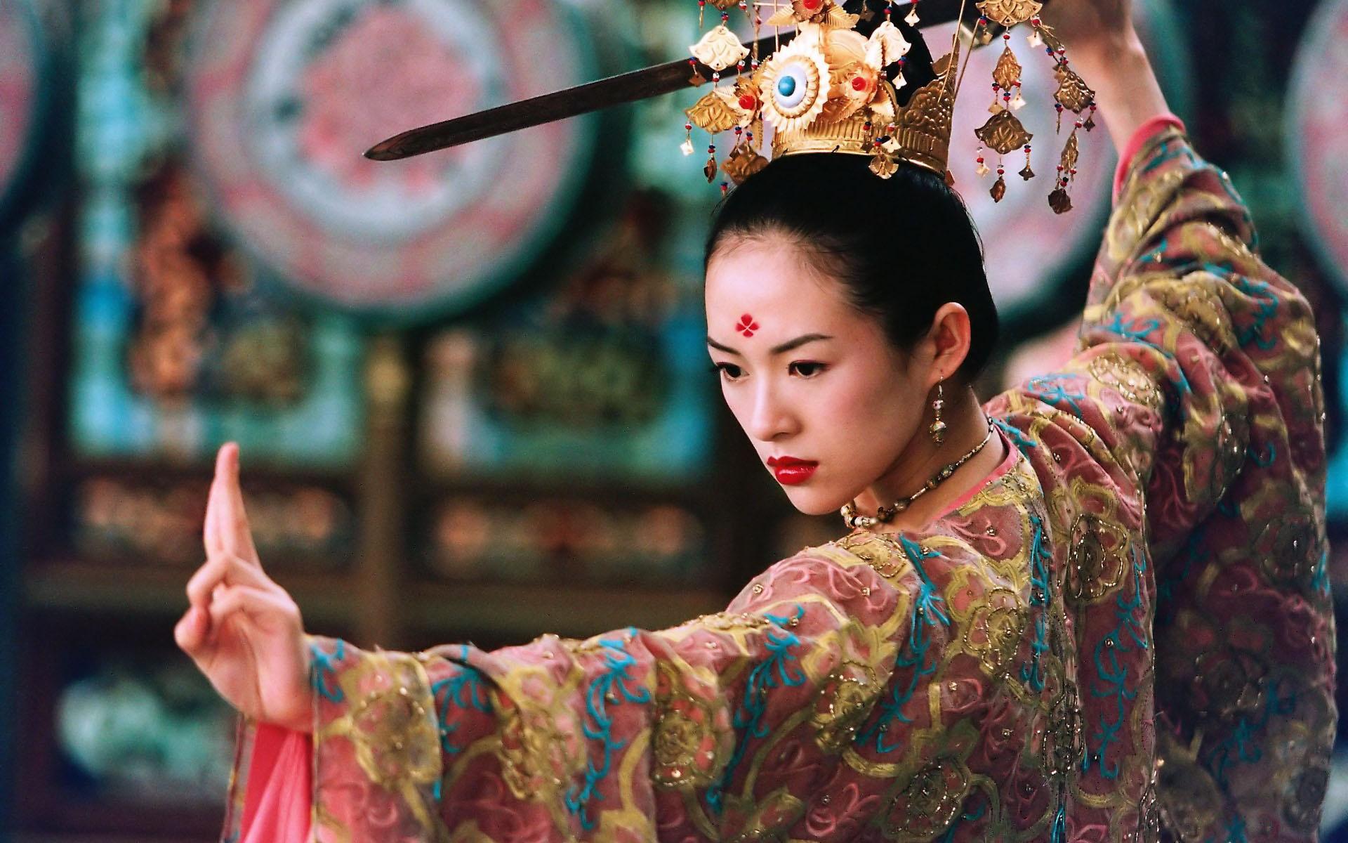 Кадр из фильма «Дом летающих кинжалов» (2004). Реж. Чжан Имоу