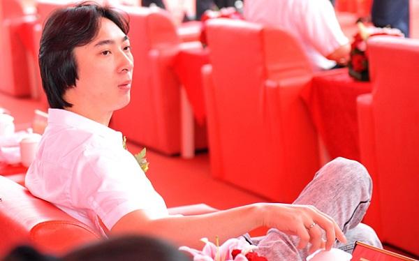 Барышни, запомните, так выглядят китайские миллиардеры! Фото ruconnect.co.uk