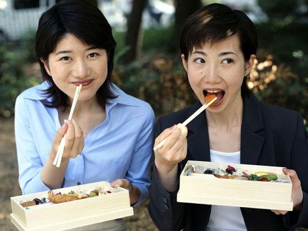 Молодые китайцы принимают вестернизацию с распростертыми объятиями! Фото Китайские шопоголики в действии! Фото img12.nnm.me