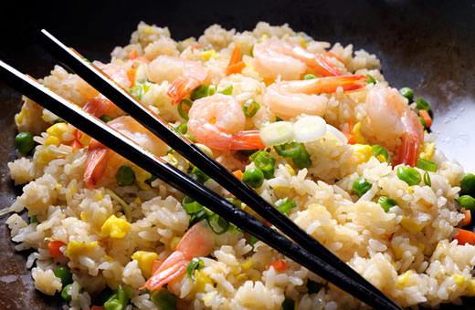 Меняйте пищевые привычки и приспосабливайтесь к местной еде