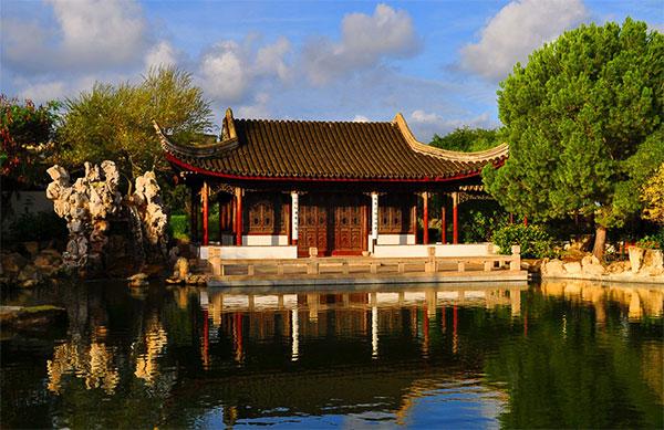 Китайский сад в городке Санта-Лючия. Фото: theworldofchinese.com