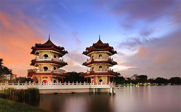 Китайский сад в Сингапуре создан по всем канонам лучшими китайскими мастерами. Фото: theworldofchinese.com