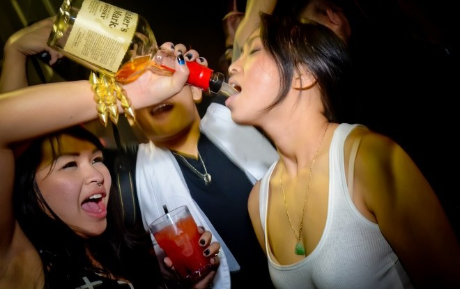 Пьяная китаянка. Фото: ginseng.tv