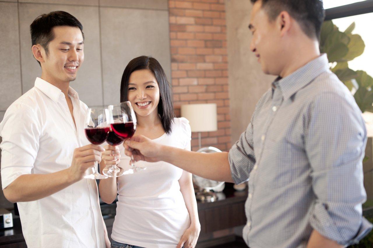 И все-таки. Китайцы подсели на вино или их на него подсадили. Фото: wineponder.com