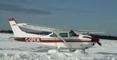 airplane-436555_1920