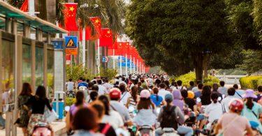 Выделенная дорога для скутеров на одной из улиц Наньнина. Фото: skyscrapercity.com