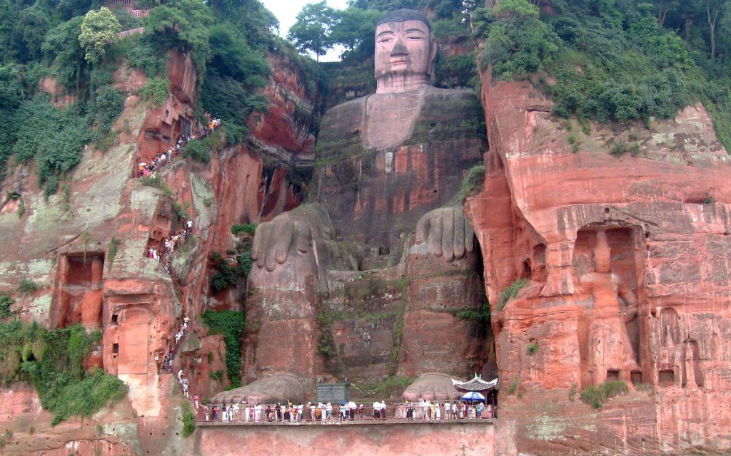 Гигантская статуя Будды в Лэшане - памятник Всемирного наследия ЮНЕСКО. Фото: Википедия