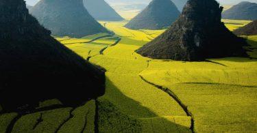 nature_china_yunnan_farmland_1366x768_42532