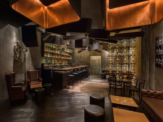 Speak Low speakeasy in Shanhai
